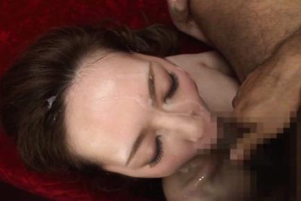 Kaede fuyutsuki. Pale Kaede Fuyutsuki is hot and crazy enjoying sperm on her face
