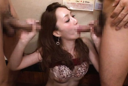 Kaede fuyutsuki. Bad Kaede Fuyutsuki is wild and tastes cocks with her wet holes
