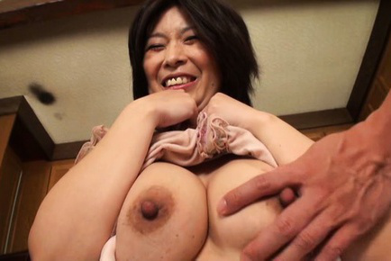 Japanese av model. Gentle AV Models show big boobs and have fun with friends