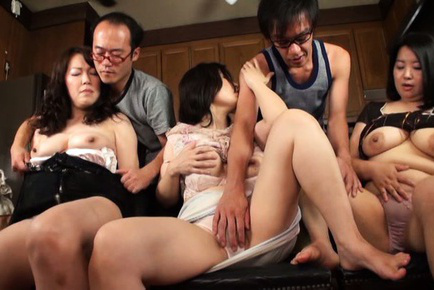 Japanese av model. Exciting AV Models spread legs to get pleasure with boyfriends