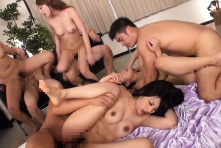 Japanese av model. Four AV Models share dicks of their boys in the groupsex video