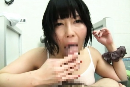 Japanese av model. Japanese AV Model busty enjoys cock gulp and licking in pool